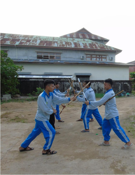 Latihan Beladiri Tongkat (Double Stick)